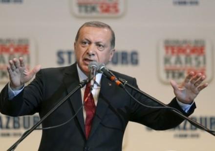 A las órdenes de quién está el Presidente turco,  Recep Tayyip Erdogan.