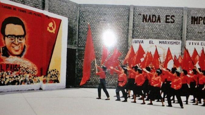 Sendero Luminoso: Maoismo en Perú.