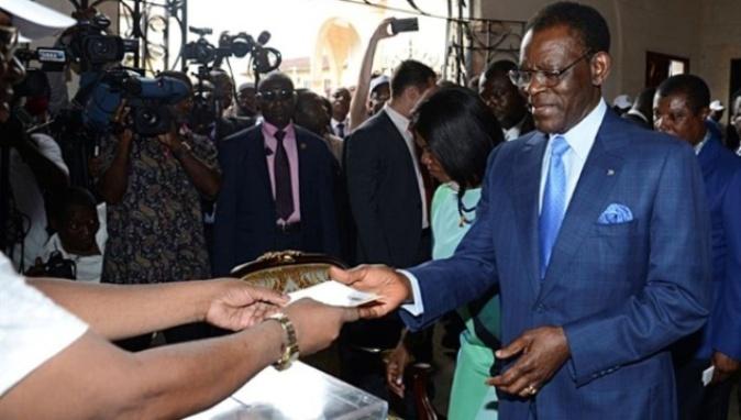 Obiang vota