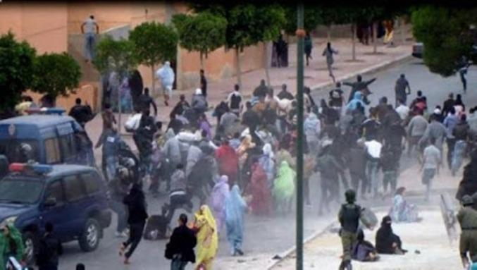 Fuerzas de seguridad de Marruecos disuelven violentamente una manifestación pacífica de ciudadanos saharauis.