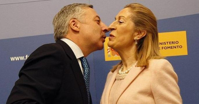 José Blanco y Ana Pastor, respectivamente, Parlamentario Europeo, y Presidenta del Congreso de los Diputados.