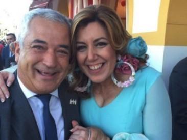 Luís Pineda, Presidente de AUSBANC, y Susana Díaz, Presidenta de la Junta de Andalucía.