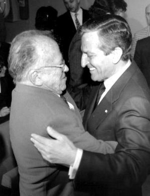 Santiago Carrillo y Adolfo Suárez.