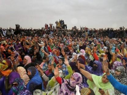 """La Intifada de Gdeim Izik: """"El pueblo saharaui sufre mientras se saquea su riqueza""""[4]"""