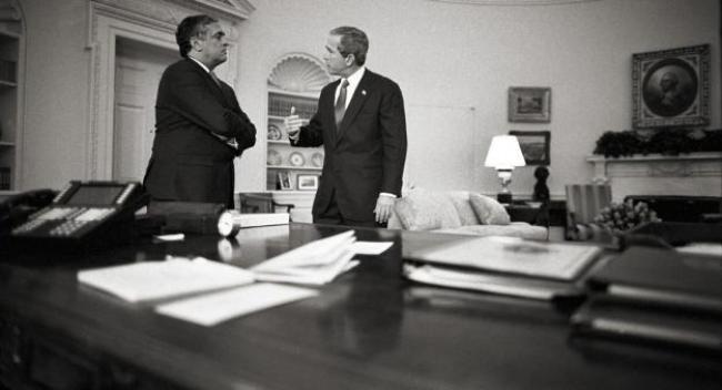 George W. Bush recibe información sobre un posible atentado en EE. UU.