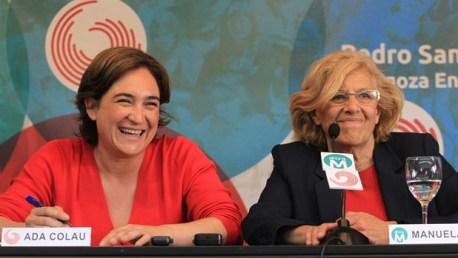 Ada Colau, y Manuela carmena, alcaldesas de Barcelona y Madrid.