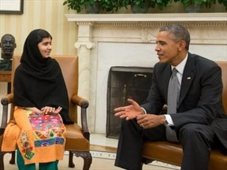 Malala Yousafzai y Barack Obama.